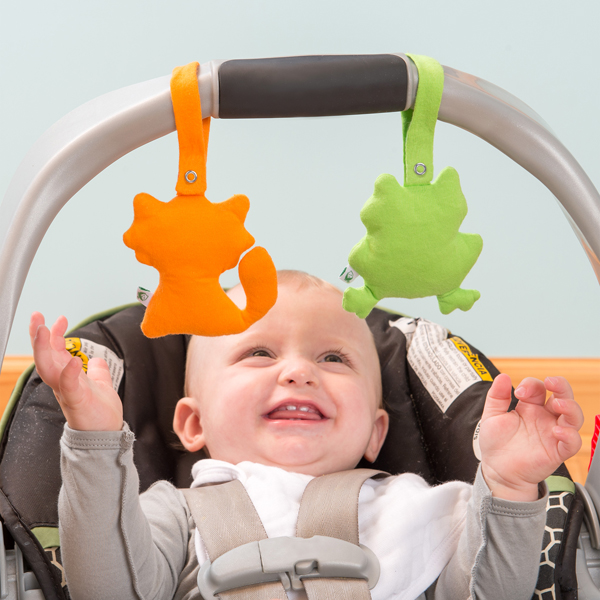 EarthHero - Adventure Friends Car Seat Toy 3