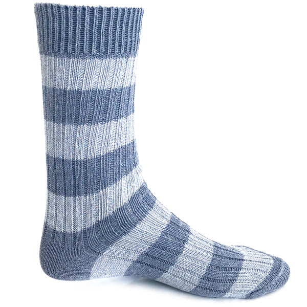 EarthHero - Columba Hiking Socks- 1
