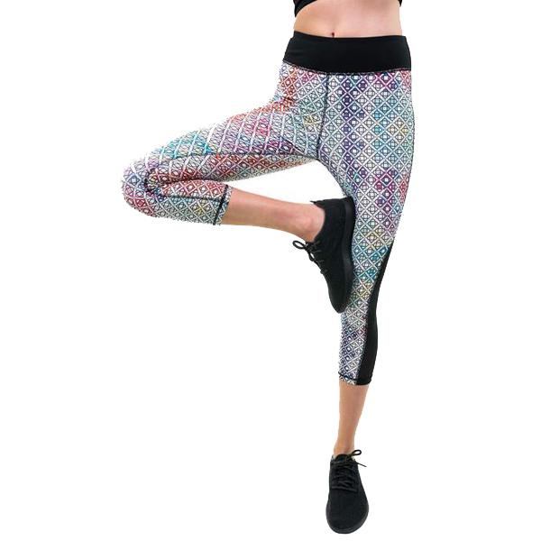 84d3c53e8acc7c Holi Workout Capris | SATVA | Eco-Friendly Yoga Clothing