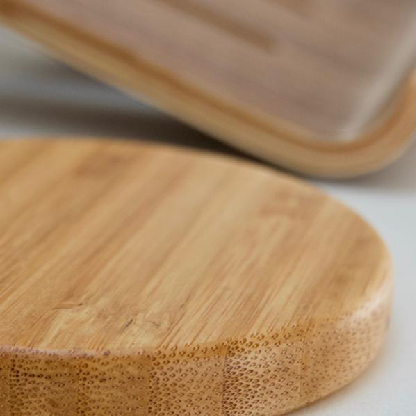 EarthHero - Bamboo Wireless Phone Charger - 4