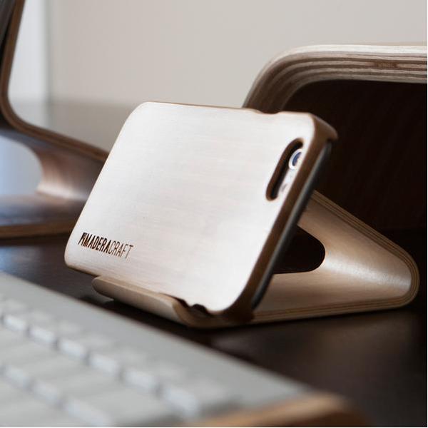 EarthHero - Walnut Wood Smartphone Phone Stand - 5