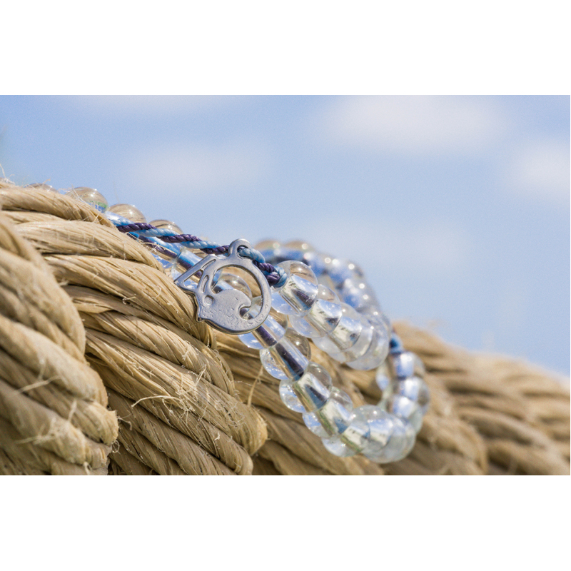 EarthHero - 4Ocean Recycled Whales Bracelet 3