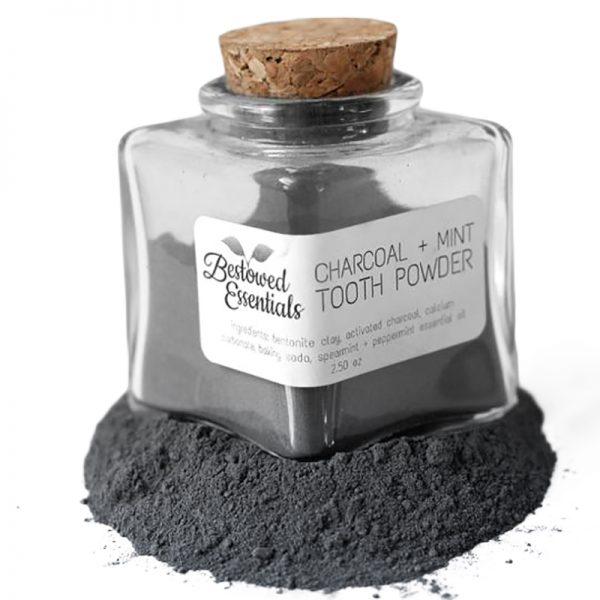 EarthHero - Natural Charcoal & Mint Tooth Powder - 2.5oz