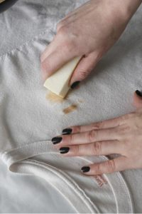 zero-waste-laundry-bestowed-essentials-natural-laundry-stain-stick