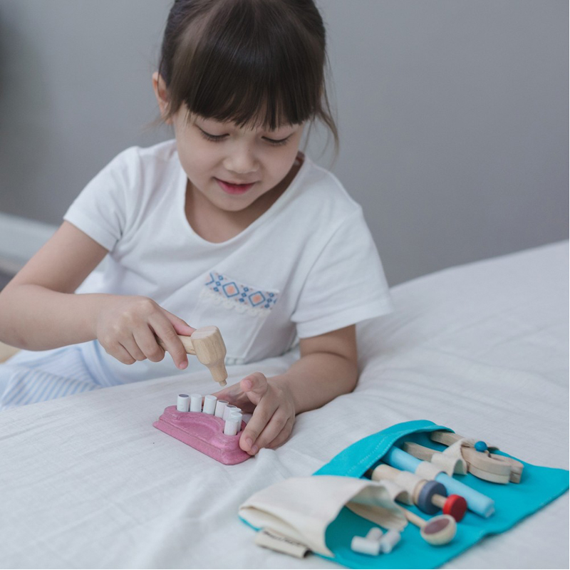 EarthHero - Pretend Play Kids Dentist Kit - 2