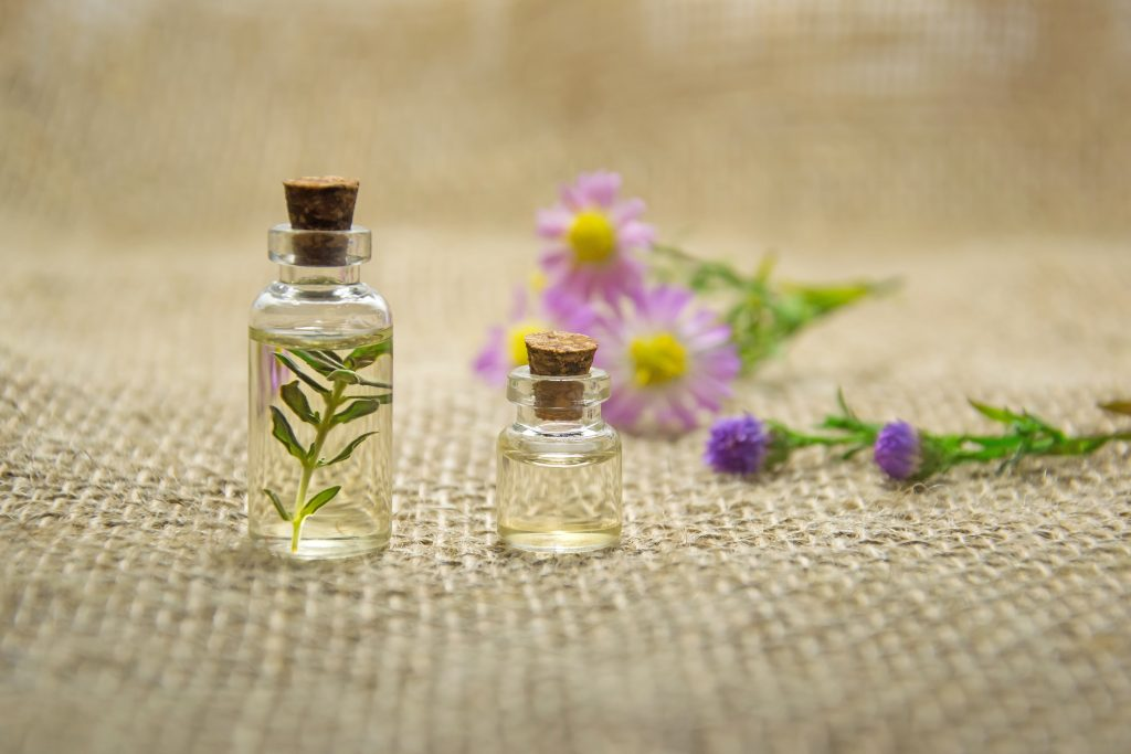 Bottles with essential oils from the company Mindful Mixtures on EarthHero