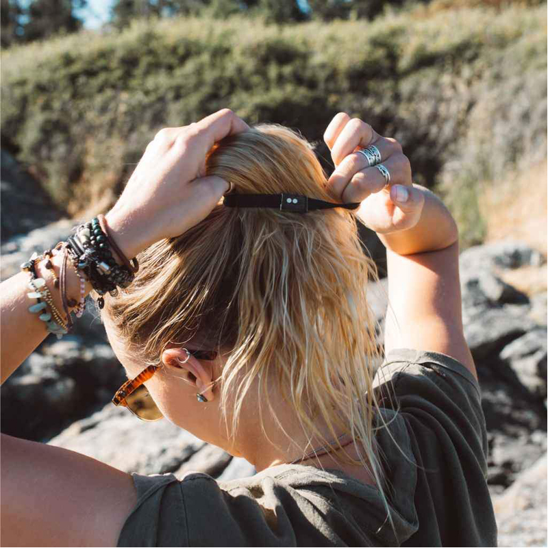 EarthHero - Brown + Black Organic Hair Ties 4