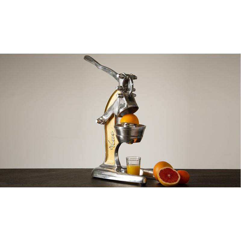 EarthHero - Artisan Citrus Juicer - 5