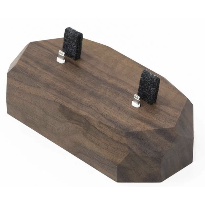 EarthHero - Dual Wooden iPhone Charging Dock - 2