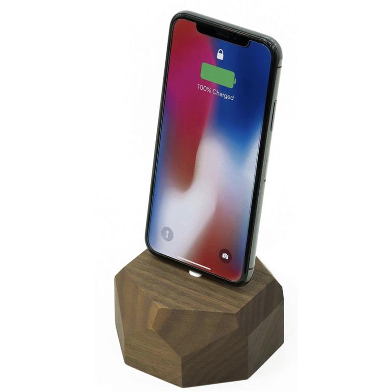 EarthHero - Geometric Wooden iPhone Charging Dock - 1