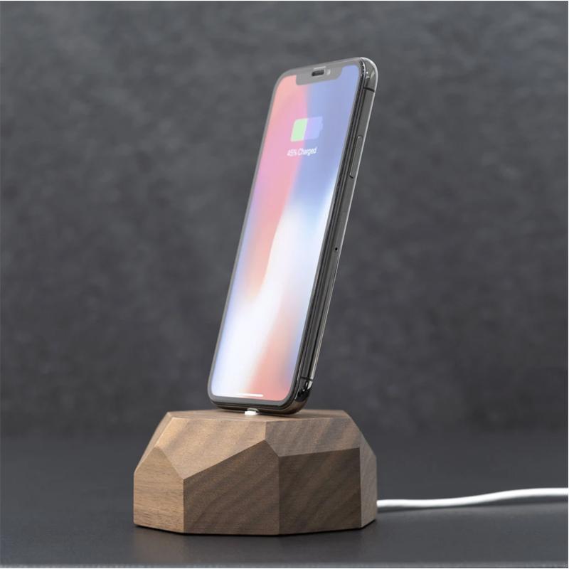 EarthHero - Geometric Wooden iPhone Charging Dock - 2