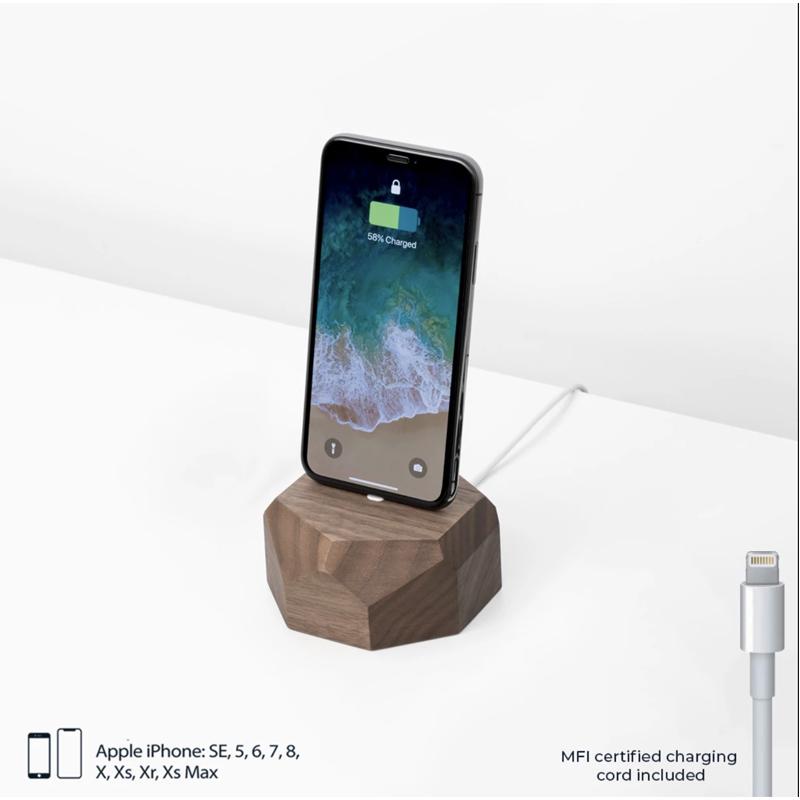 EarthHero - Geometric Wooden iPhone Charging Dock - 3