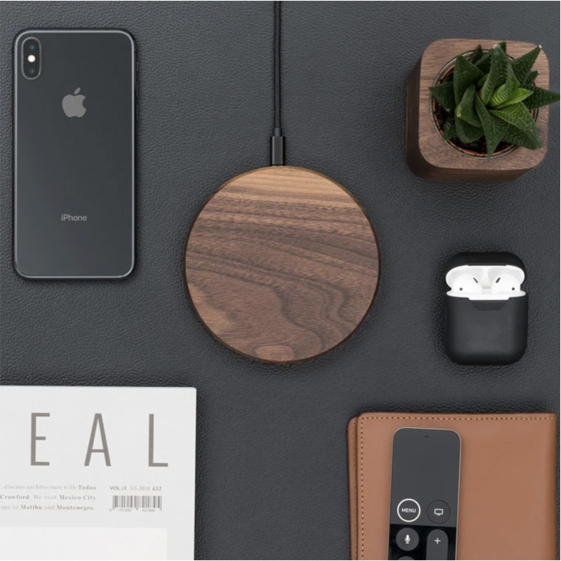 EarthHero - Slim Wooden iPhone Wireless Charger - 5