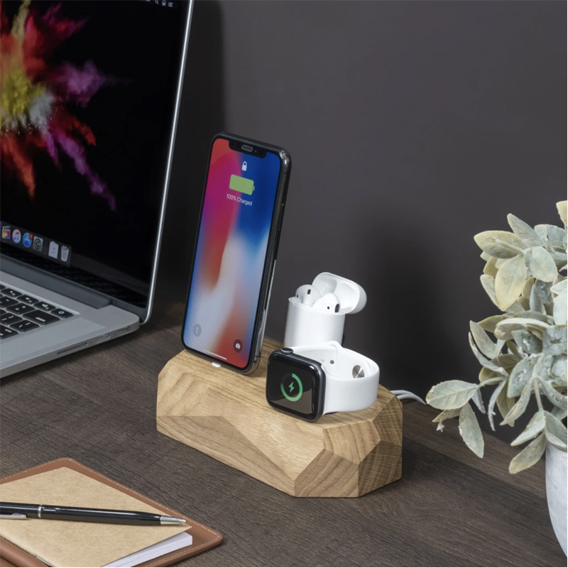 EarthHero - Triple Wooden iPhone Charging Dock - 3