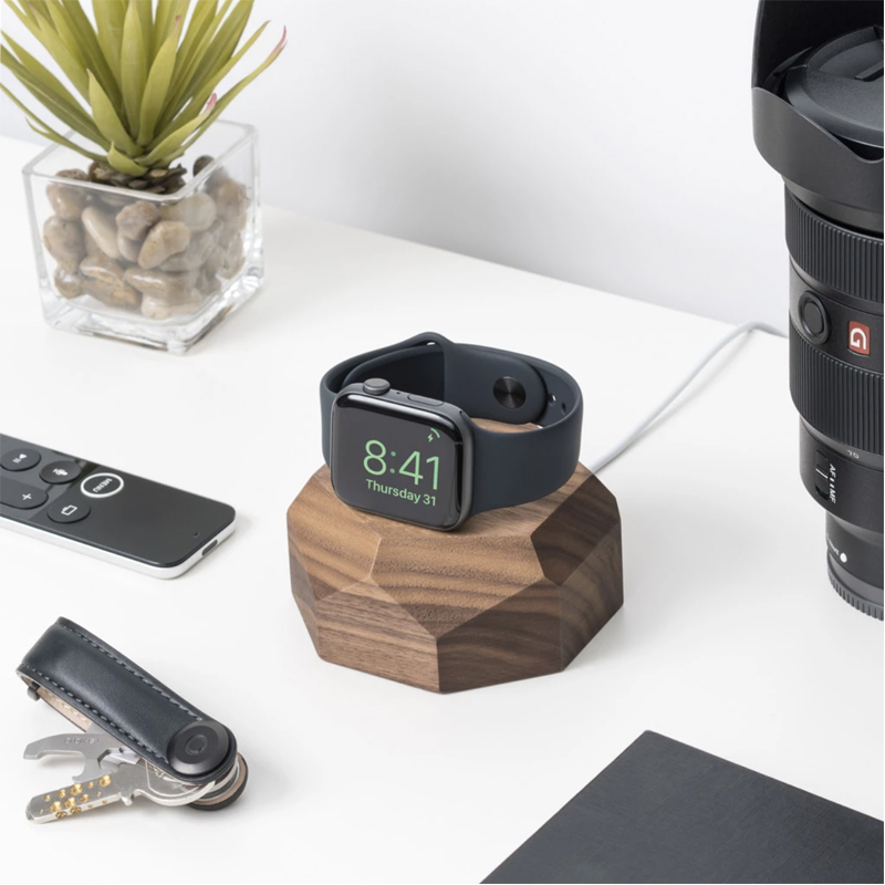 EarthHero - Wooden Apple Watch Charging Dock - 2