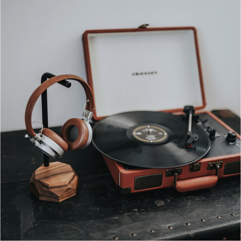EarthHero - Wooden Headphone Stand  - 6