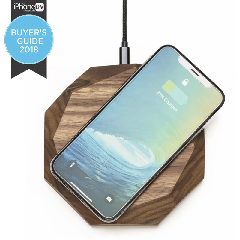 EarthHero - Wooden iPhone Wireless Charger - 1