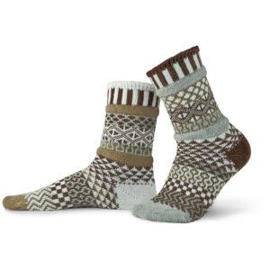 EarthHero - Pine Cone Solmate Socks - 1