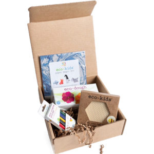 EarthHero - Arts and Crafts Busy Box - 1