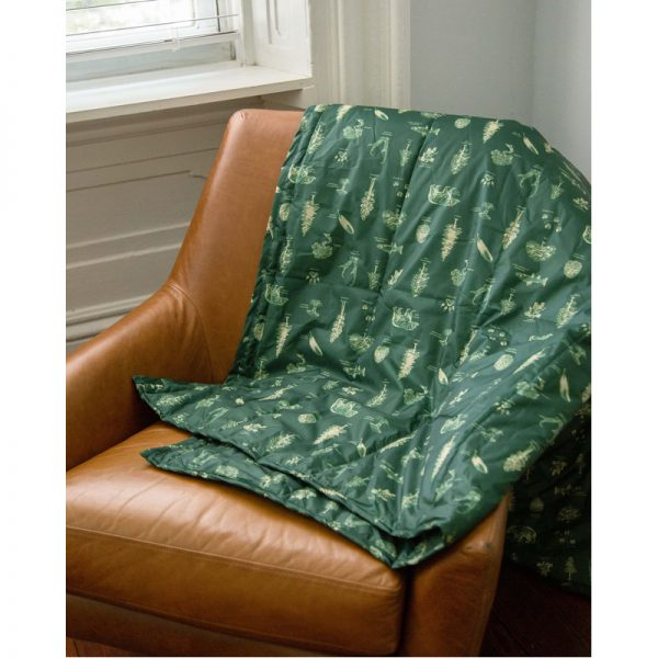 EarthHero - Field Guide Quilted Blanket - 5